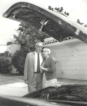Edward Andrews and Hellana Wescott in You Drive