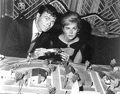 Barry Nelson and Nancy Malone